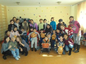 Unity Fund organized a Halloween party for children in an orphanage.